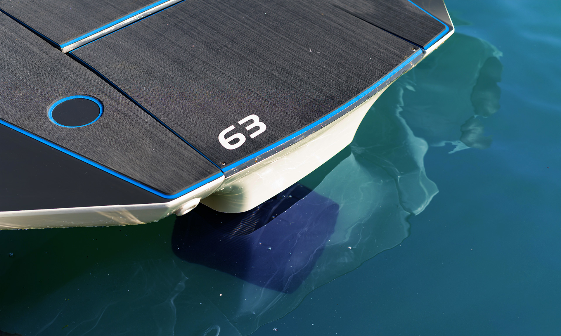 Electric Boat - Pulse 63 RIB - RS Electric Boats - Stern Prop angle