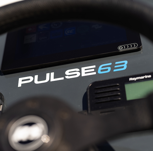 Pulse 63 Console - RS Electric Boats